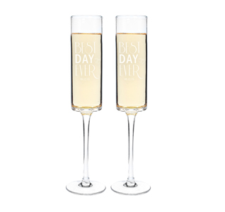 Champagne-Flutes-Best-Day-Ever-m.jpg