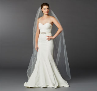 Chapel-Length-Edge-Cut-Veil-m.jpg
