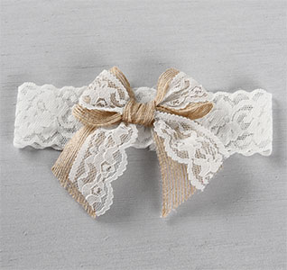 Country-Romance-Bridal-Garter-m.jpg