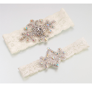 Jeweled-Garter-Set-Ivory-m.jpg