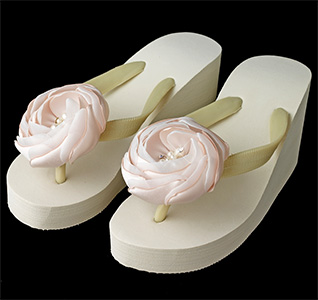 Pink-Flower-High-Wedge-Flip-Flops-Ivory-m.jpg