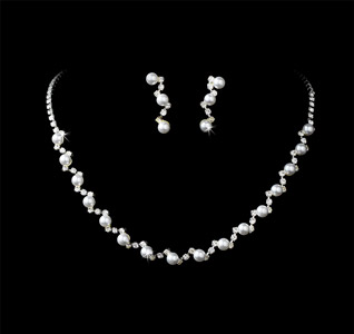 Rhinestones-&-Pearls-Bridal-Necklace-&-Earring-Set-m.jpg