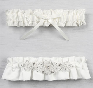 wedding-garter-set-adriana-white-m.jpg